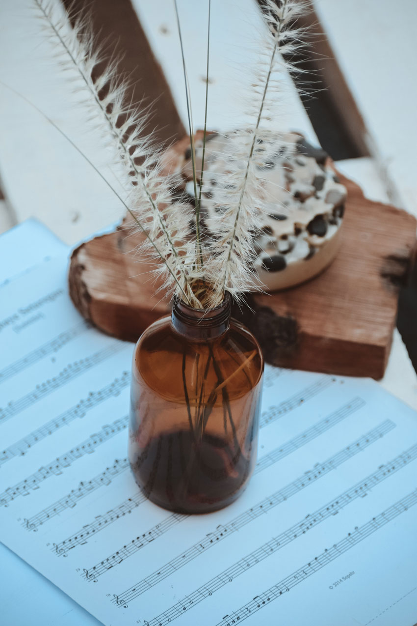 jar and music notes 1